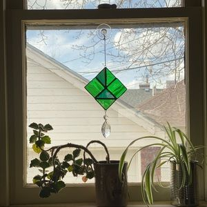 Stained glass suncatcher emerald square w/ crystal